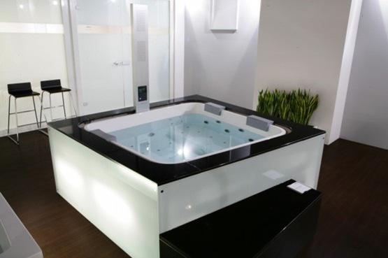 ultra-modern-spa-by-hoesch-11-554x368