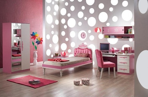 15-Cool-Ideas-for-pink-girls-bedrooms-1-554x364