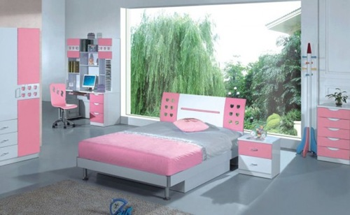 15-Cool-Ideas-for-pink-girls-bedrooms-51-554x341