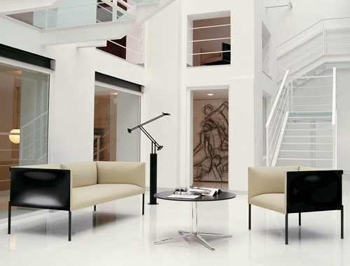 the hollow sofa 02