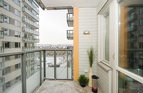 open-plan-studio-apartment-13-554x360