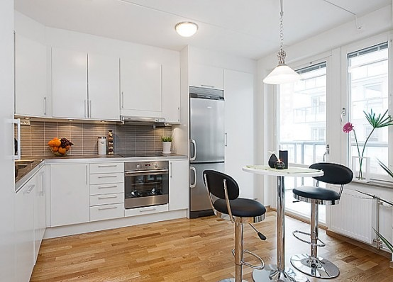 open-plan-studio-apartment-6-554x398