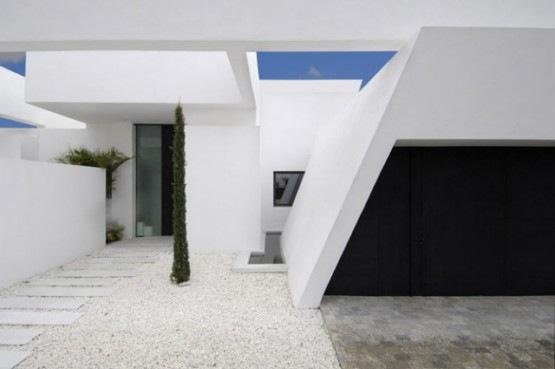 Casa moderna minimalista y lujosa 10