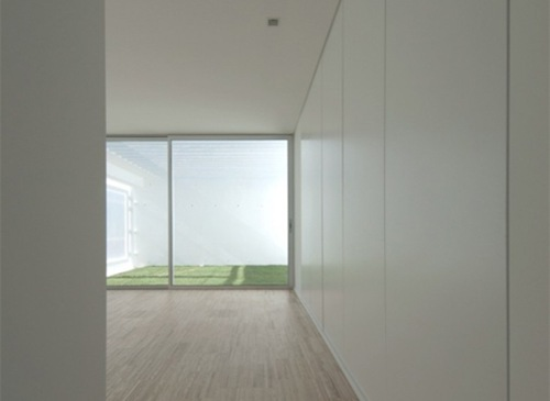 House-in-Paco-de-Arcos10