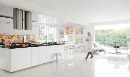 all-white-house-design-2-554x330