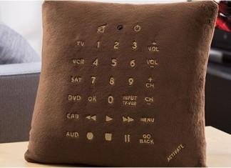 111210_pillow_remote_control_1