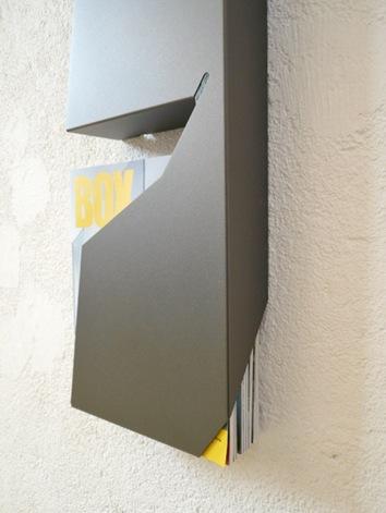 minimalist-magazine-rack-2