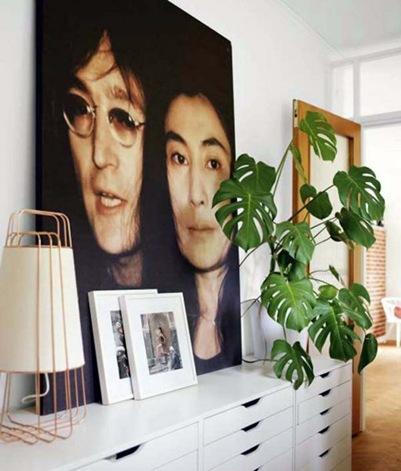 Artistic-Small-Apartment-Wall-Decor-588x690