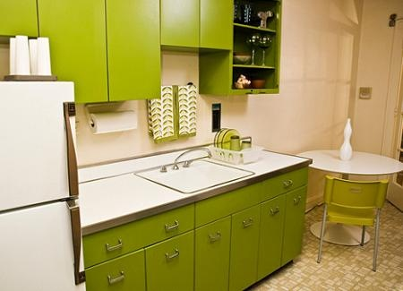 Ideas para decorar tu cocina con el color verde interiores for Como decorar tu cocina