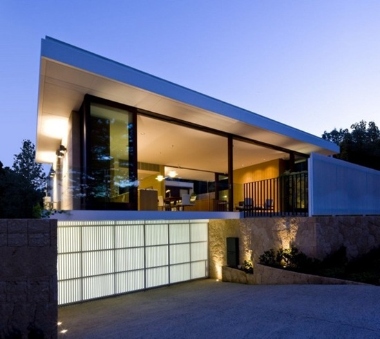 Residencia moderna salvado street por bates smart for Minimalist house grand designs