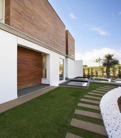 Adamos-Residence-3