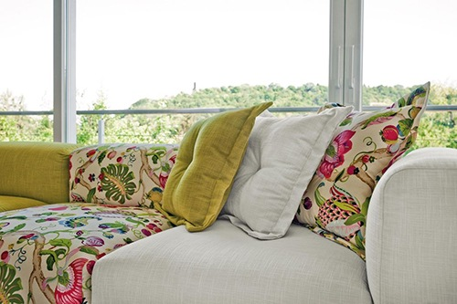 modern-retro-sofas-sophisticated-living-4