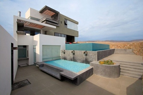 CC-Beach-House-00-750x499