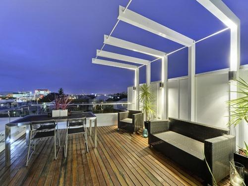 Contemporary-Brisbane-Property-14