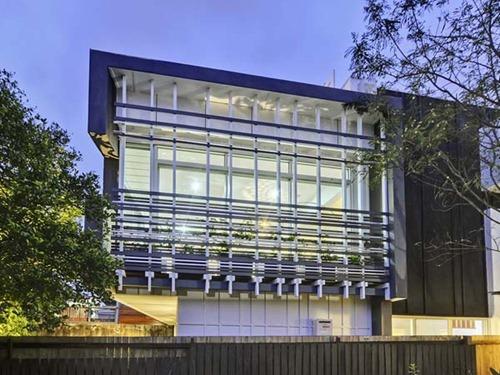 Contemporary-Brisbane-Property