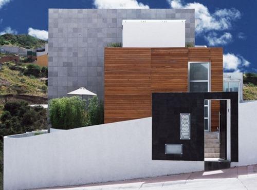 M-House-02-750x555
