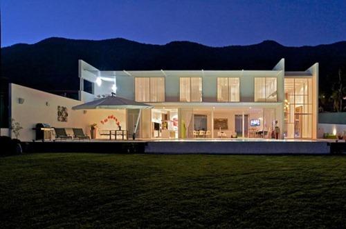 Modern-Home-Lake-Chapala-3