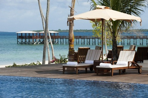 Residence-Zanzibar-The_Pool-1