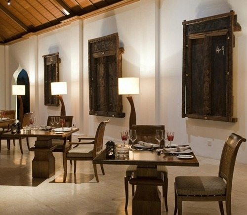 Residence-Zanzibar-The_dining_room-4