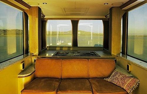 ashton-kutcher-trailer_01