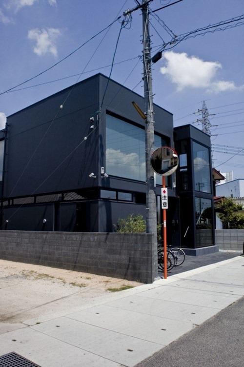 black-residence-Freshome031
