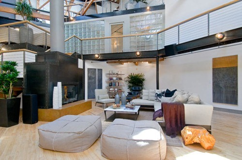 live_in_this_beautiful_spacious_loft_640_30
