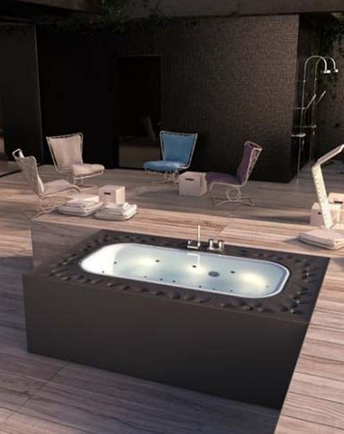 luxurious-bathtub-for-your-spa-4