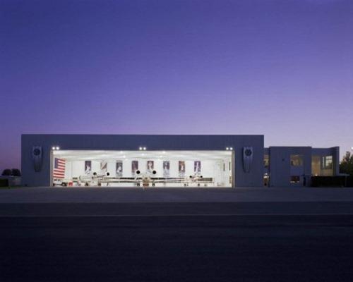 nike-hangar-15-550x440
