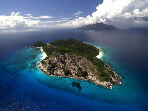 private_island_seychelles_02