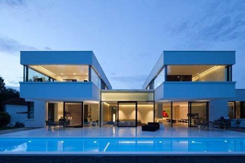 Hi macs una residencia moderna y muy lujosa interiores for Casa moderna vetrate