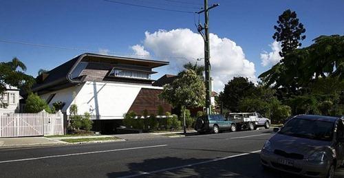 Oxlade-House (1)