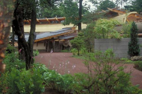 Miyasaka-House-2