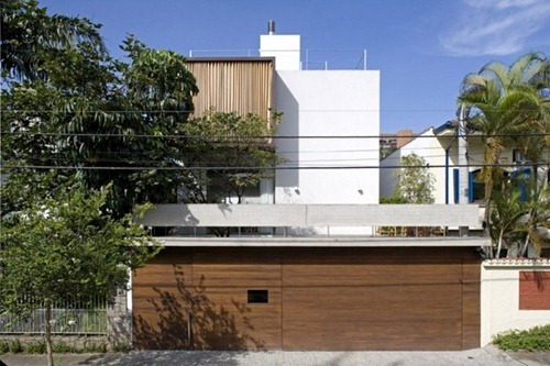 Vertical-House (1)