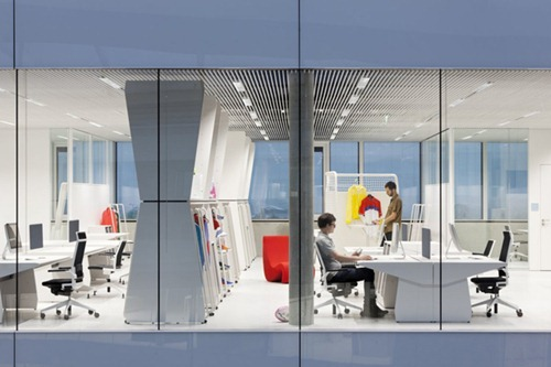 adidas-office-interior-by-kinzo-5