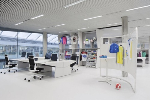 adidas-office-interior-by-kinzo-7