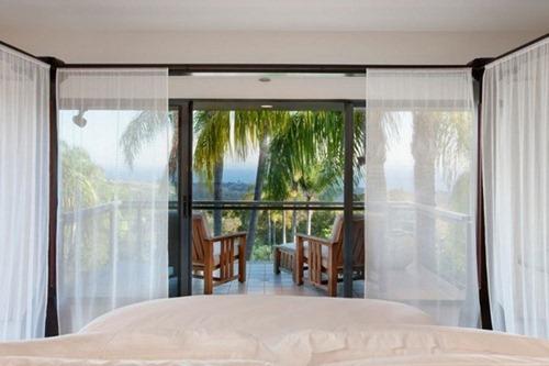 Residencia whitehead interiores for Recamaras individuales contemporaneas