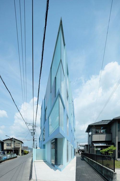 flatiron-by-eastern-design-office-1-600x900