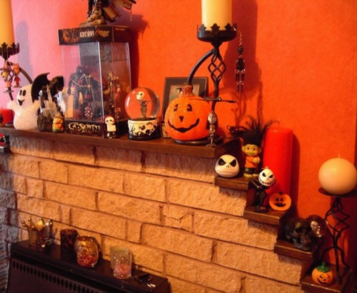 halloween-mantel-decorating-ideas-45-554x454