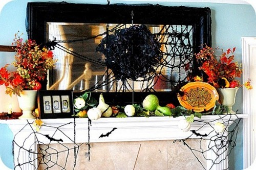 halloween-mantel-decorating-ideas-8-554x367