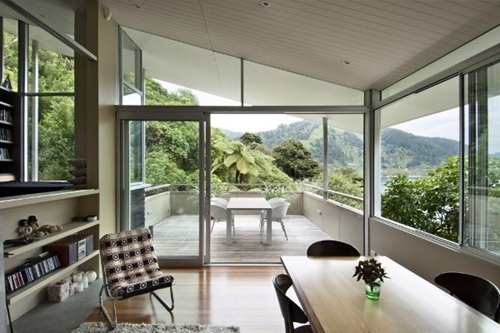 Apple-Bay-House-by-Parsonson-Architects-4
