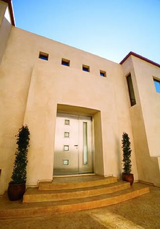 Modern-Exterior-Door-from-Neoporte