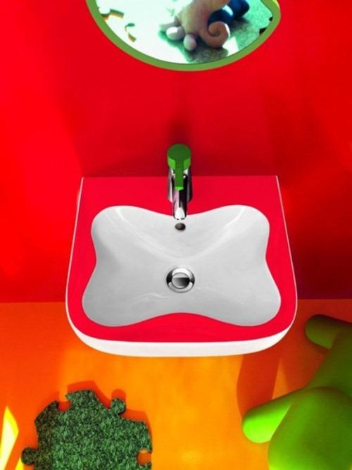 colorful-kids-bathroom-furniture-4-554x738