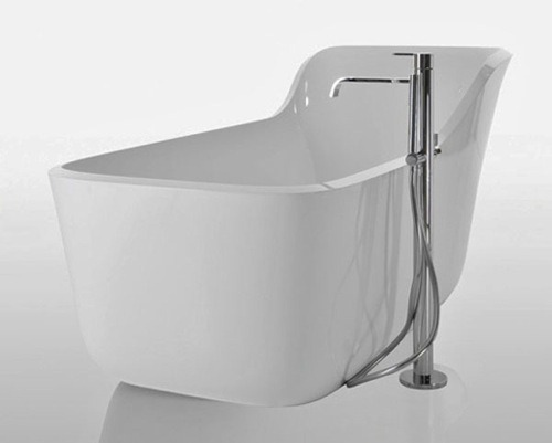 06-Wanda-Bathtub-by-Antonio-Lupi