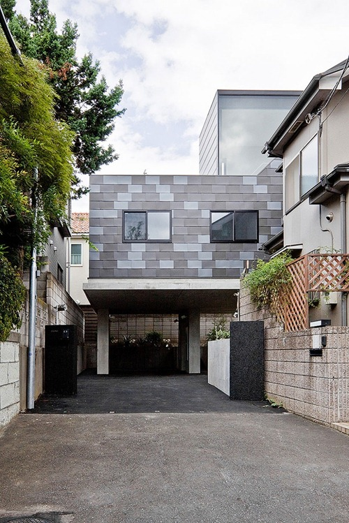 House-in-Eifukucho-00-800x1200