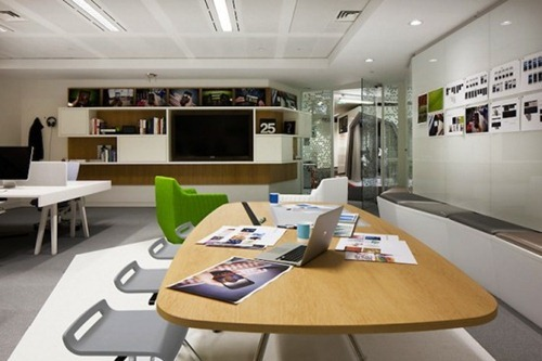 Oficina google london interiores for Decoracion de oficinas creativas