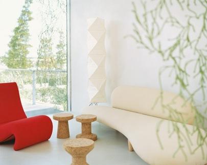 White-Cream-LIght-Modern-Curved-Sofa-665x528