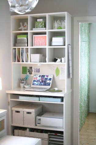 compact-home-office-with-storage