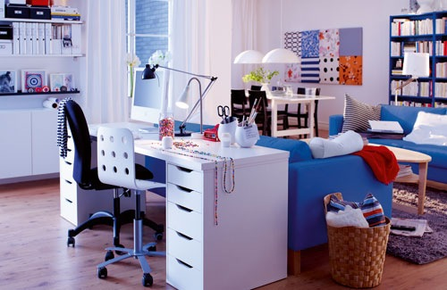 home-office-behind-the-couch