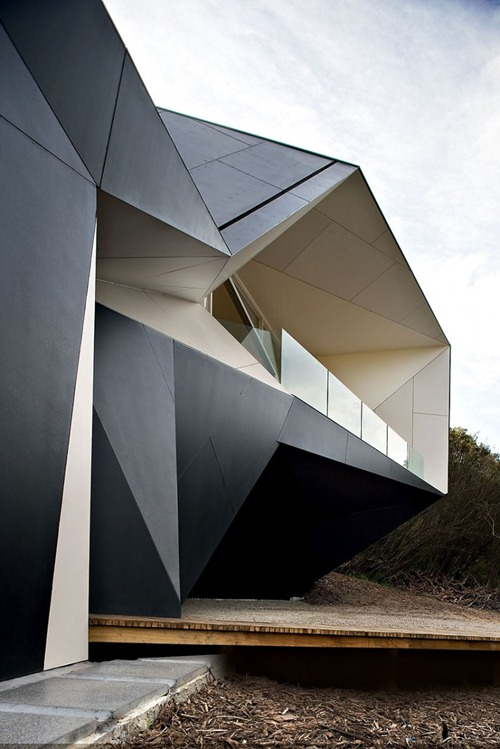 Klein-Bottle-House-02-800x1200