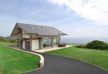 coastal-cottage-home-lovely-waterfront-retreat-uk-1